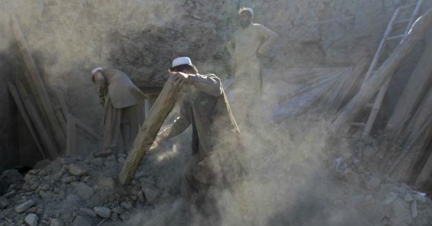 Suman Más De 350 Muertos Por Terremoto En Pakistán Y Afganistán