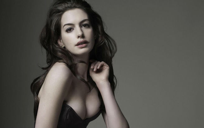 ¡Anne Hathaway Está Embarazada!