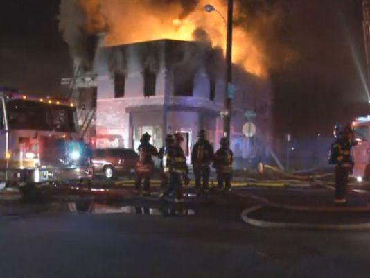 Denver: Varios Heridos En Incendio En Bloque De Apartamentos
