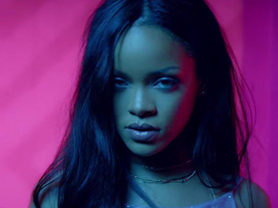 Video: Rihanna Al Tope De Hot 100 Por Tercera Semana