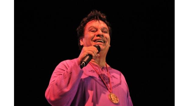 Fallece Juan Gabriel; Un ícono De La Música Mexicana