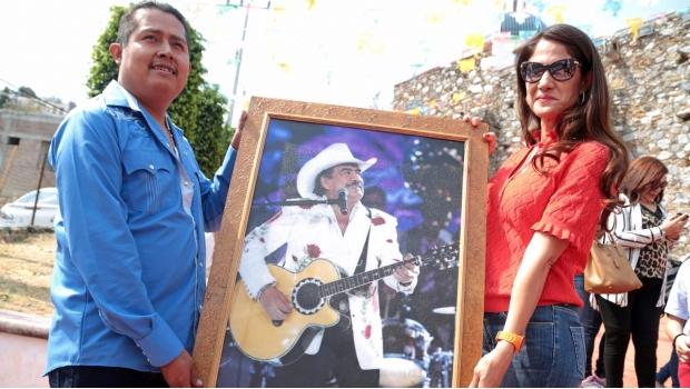 Con Misa, Conmemoran Aniversario De Joan Sebastian