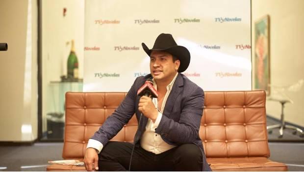 Julión Álvarez se encuentra en CDMX por caso de lavado