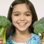 ¡Enséñalos a comer bien desde chiquitos!