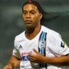 Ronaldinho se retira del futbol; planean varios partidos de despedida