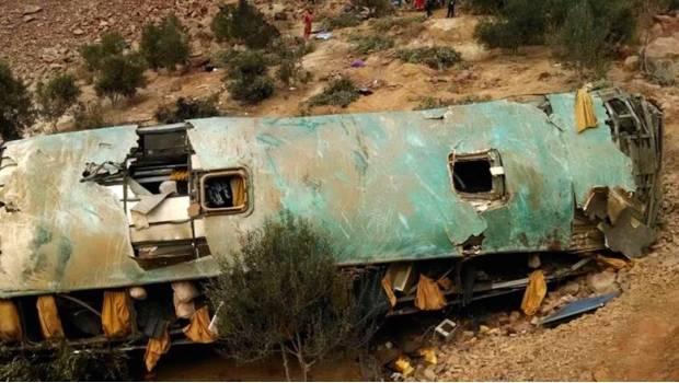 Autobús Cae A Abismo En Perú Y Mueren 36 Personas