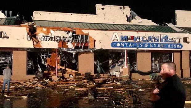 Por Fuertes Tormentas, Se Derrumban Varios Edificios En Pensilvania, EU