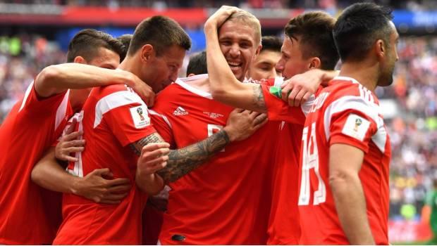Rusia Anota Con Formidable Testarazo El Primer Gol Del Mundial 2018