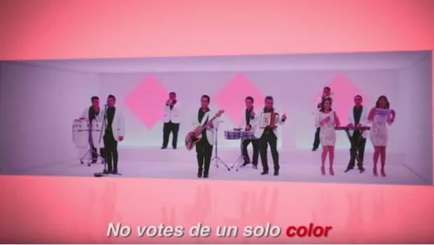 """Los Ángeles Azules Llaman A No Votar """"de Un Solo Color"""""""