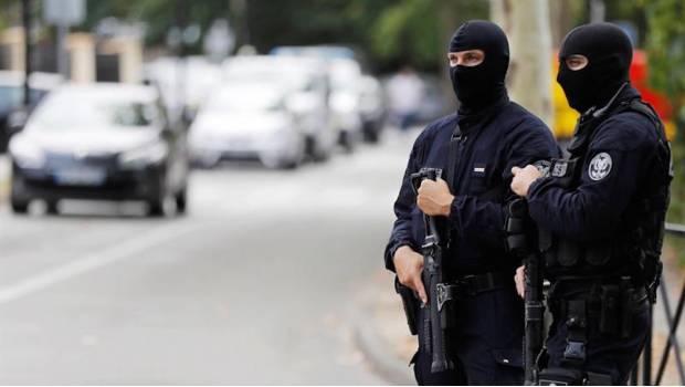Hombre Mata A Su Madre Y Hermana En Francia; EI Se Adjudica El Ataque