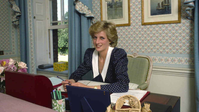 Supuesta Carta De La Princesa Diana Revela Que  El Accidente Fue Planeado
