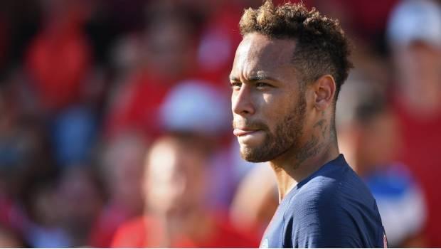 El Espectacular Gesto De Neymar Con Un Niño Que Burló Seguridad Para Abrazarlo