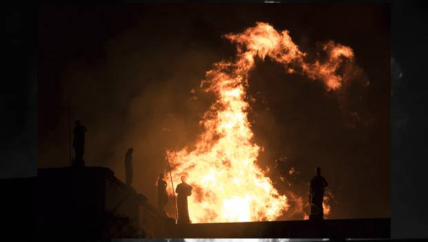 Se Incendia Museo Nacional De Brasil; Calculan 20 Millones De Piezas Destruidas