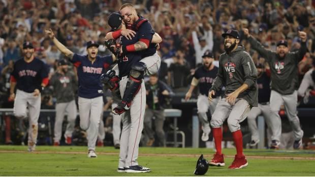 Medias Rojas De Boston, Nuevos Campeones De Las Grandes Ligas Tras Derrotar A Los Dodgers