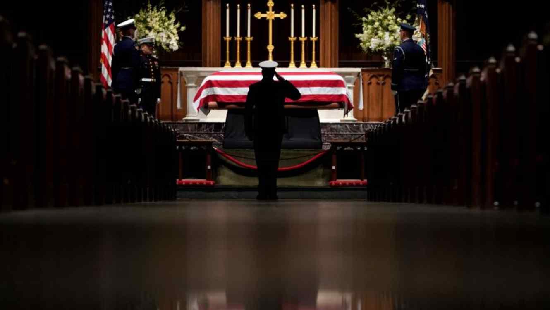 Texas Le Da El último Y Familiar Adiós A Bush