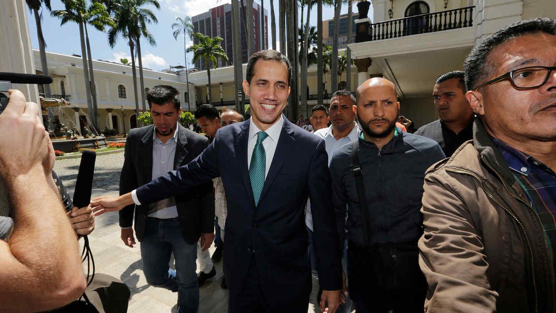 ¿Quiénes Apoyan A Juan Guaidó Y Nicolás Maduro Fuera De Venezuela?