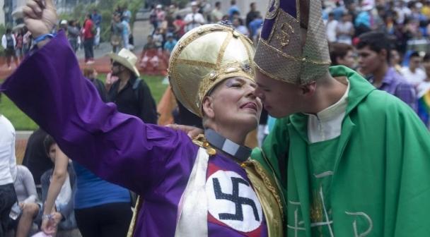 """Vaticano Rechaza A Población LGBTI En El Documento """"Varón Y Mujer Los Creó"""""""