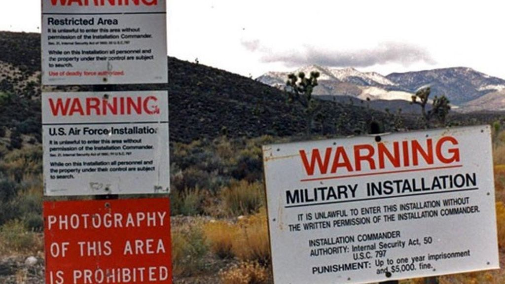 """Miles De Personas Quieren Asaltar El Área 51 De Nevada Para """"ver Alienígenas"""""""