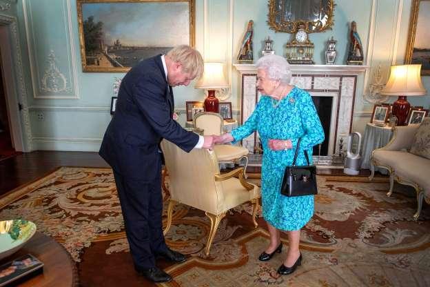 Isabel II Ordena La Suspensión Del Parlamento En La Recta Final Del Brexit A Petición De Johnson