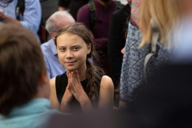 """La """"gentil Muchachita"""" Greta Thunberg Se Burla De Putin"""