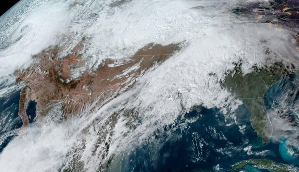 Ciclón Bomba Desata Nevadas Y Afecta Viajes De Thanksgiving En California, No Se Había Visto En 15 Años