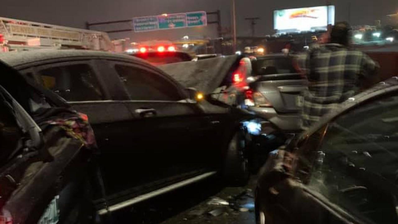 Denver: Más De 50 Vehículos Estrellados En Un Solo Accidente