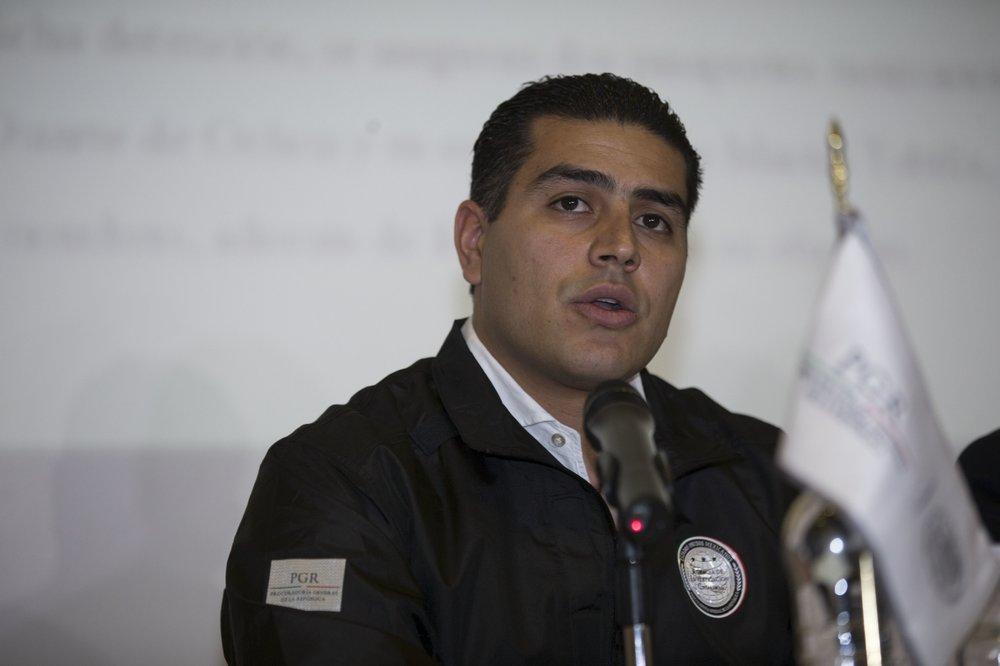 Atentado Contra Jefe Policial De Capital Mexicana; Culpa A Cartel