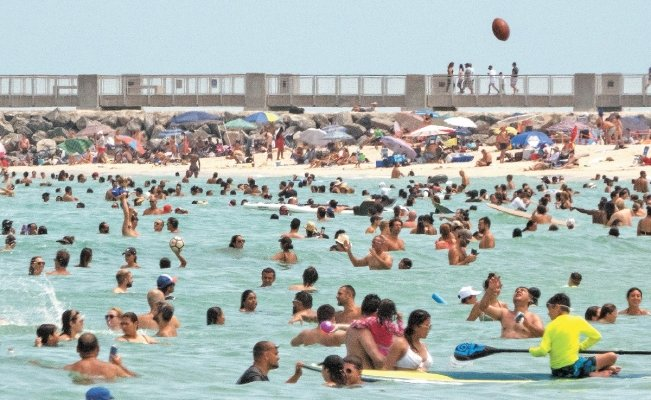 Florida: Más De 10.000 Nuevos Casos De Coronavirus En Un Día