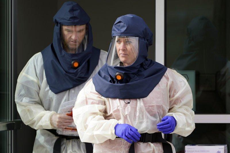 Empeora Crisis De Virus En EEUU Pese A Retórica De Trump